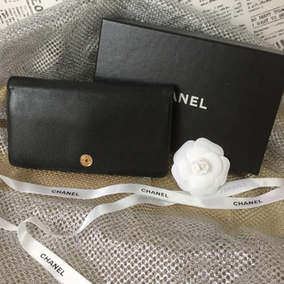 CHANEL - ☆CHANEL シャネル☆ココマークボタン     二つ折り長財布☆