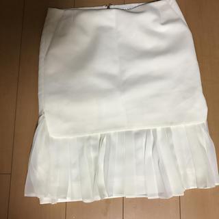 アドーア(ADORE)のアドーア、白スカート美品(ひざ丈スカート)
