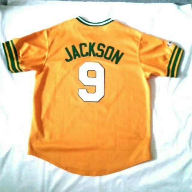 Majestic 大リーグ アスレティクス レジー ジャクソン 復刻ユニフォーム スポーツ/アウトドアの野球(応援グッズ)の商品写真