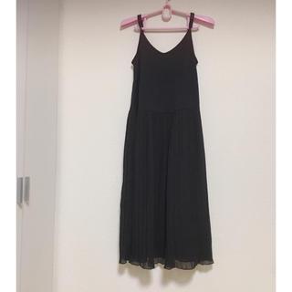 GU - 美品 ジーユー ロングワンピ 黒 ブラック