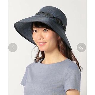 トッカ(TOCCA)のTOCCA★1.3万 UVカット加工リボン帽子ネイビー新品(ハット)