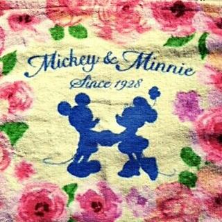 ディズニー(Disney)の[新品]🏰ディズニー ミッキー ミニー🌹ウォッシュ タオル(タオル)