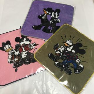 ディズニー(Disney)のB'z SCENES 限定 ハンドタオル 3枚セット(ミュージシャン)
