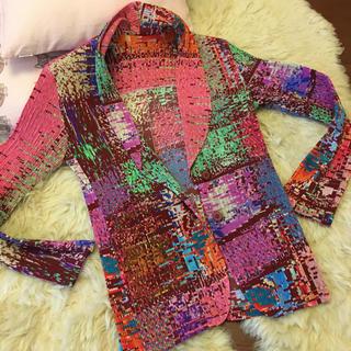 イッセイミヤケ(ISSEY MIYAKE)のイッセイミヤケ FETE  多彩多色の素敵ジャケット 美品(テーラードジャケット)