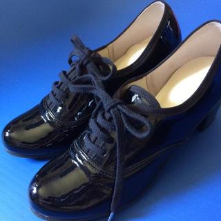 靴エナメルパンプス22.5㎝(ハイヒール/パンプス)
