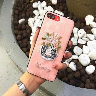 ホワイトタイガー 刺繍 iPhoneケース iPhone8 iPhone7