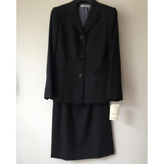 送料込◆新品 スーツ 11号(スーツ)