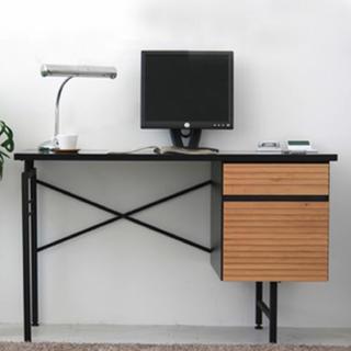 イームズ(EAMES)のイームズチェア&モダンデスクセット(オフィス/パソコンデスク)
