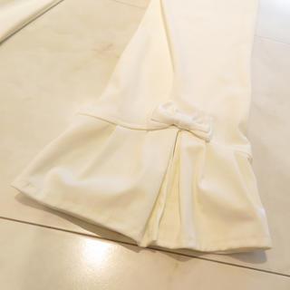 エムズグレイシー(M'S GRACY)の【新品未使用】トワレ 裾リボン 7分丈 サブリナ パンツ ホワイト(クロップドパンツ)