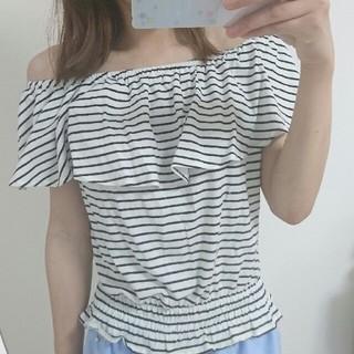 ジーユー(GU)の新品*gu*オフショルトップス(カットソー(半袖/袖なし))