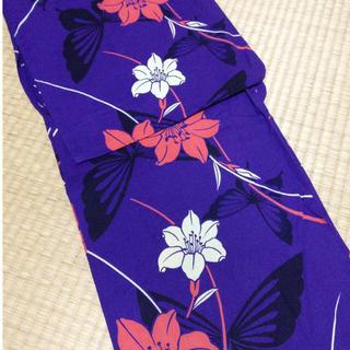 最終値下げ♡紫の蝶とユリの浴衣♡(浴衣)