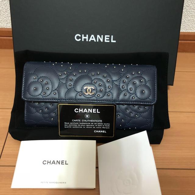 586df477a87e CHANEL(シャネル)のマール様ご専用♡シャネル CHANEL カメリア スタッズ 長財布