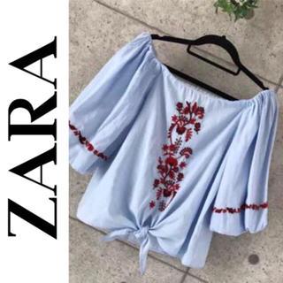 ザラ(ZARA)のボリュームスリーブお花刺繍プルオーバー ブラウス 2wayオフショルダー(カットソー(半袖/袖なし))