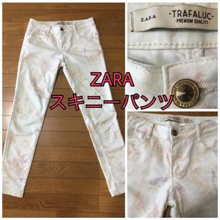 ザラ(ZARA)のZARA ストレッチ 総柄 スキニーパンツ 38(スキニーパンツ)