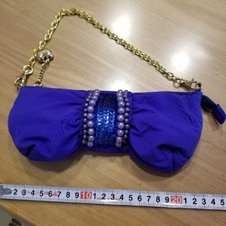 サマンサタバサプチチョイス(Samantha Thavasa Petit Choice)のサマンサタバサ リボン型ポーチバッグ(クラッチバッグ)