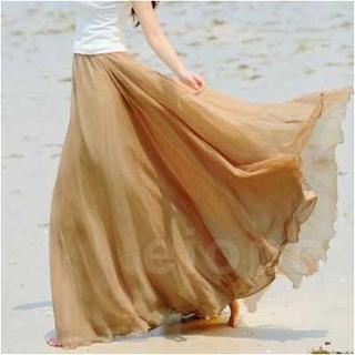 シフォンマキシ丈スカート  ゴールド  ゆったり ふんわり  フリーサイズ (ロングスカート)