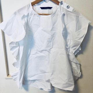 ザラ(ZARA)のザラZara のフリル トップス(シャツ/ブラウス(半袖/袖なし))