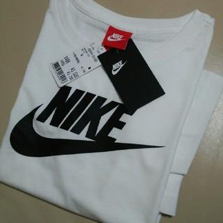 ナイキ(NIKE)の★新品タグ付き★ NIKE ナイキTシャツ  ビッグロゴ /ホワイト/M(Tシャツ(半袖/袖なし))