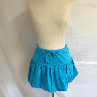 ターコイズブルーのかわいいミニスカート(ミニスカート)