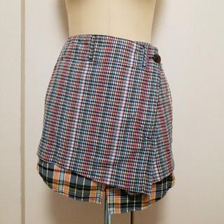 ヴィヴィアンウエストウッド(Vivienne Westwood)のヴィヴィアン 変形スカート ボタン割れ有り!(ひざ丈スカート)