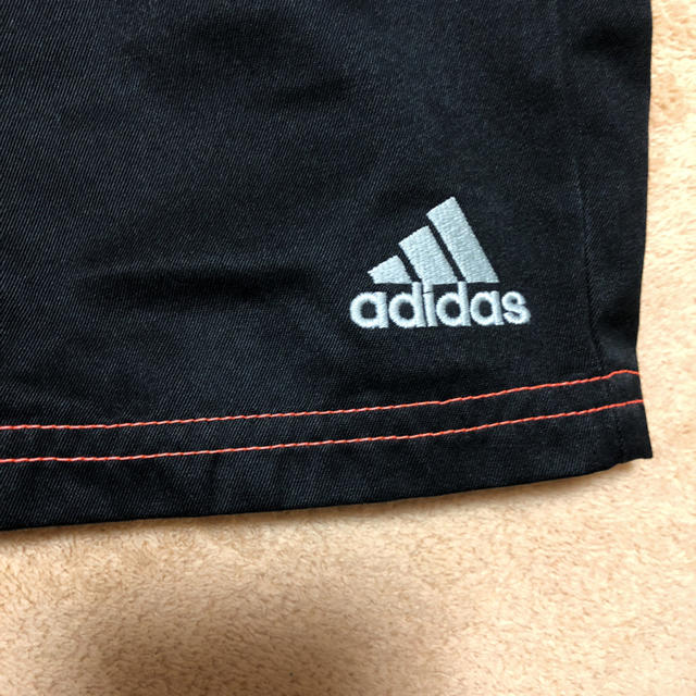 adidas(アディダス)のアディダスハーフパンツ160(黒) キッズ/ベビー/マタニティのキッズ服 男の子用(90cm~)(パンツ/スパッツ)の商品写真