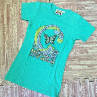 ジーユー(GU)の半袖 Tシャツ グリーン 蝶々プリント S(Tシャツ(半袖/袖なし))