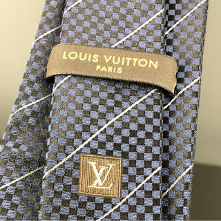 ルイヴィトン(LOUIS VUITTON)の確実正規品LOUIS VUITTONネクタイ(ネクタイ)