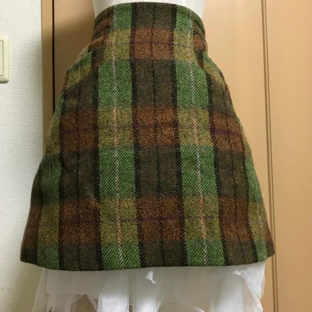Vivienne Westwood(ヴィヴィアンウエストウッド)のヴィヴィアン グリーン ツイード チェック スカート レディースのスカート(ミニスカート)の商品写真