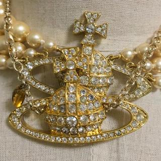 ヴィヴィアンウエストウッド(Vivienne Westwood)のヴィヴィアン ラージ オーブ バスレリーフ ゴールド ネックレス(ネックレス)