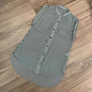 ジーユー(GU)のGU 透け素材 ストライプシャツ ノースリーブ サイズS(シャツ/ブラウス(半袖/袖なし))