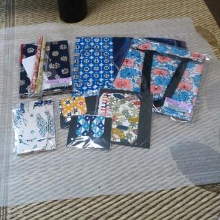 フェリシモ(FELISSIMO)のフェリシモ 松風堂さんと作った型染和紙の和雑貨セット(ペンケース/筆箱)