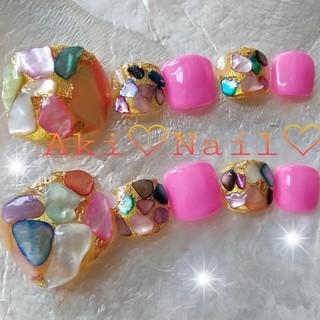 ジェルネイルチップ☆付け爪~フット~ペディキュア☆シェルストーン×ビビッドピンク
