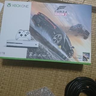 エックスボックス(Xbox)のxbox one s 新品 未開封(家庭用ゲーム機本体)