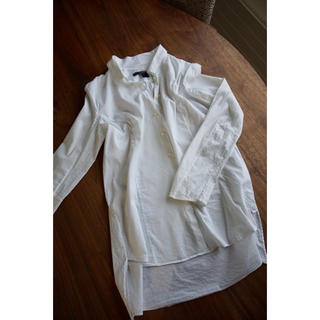 ティスケンスセオリー(Theyskens' Theory)のTHEYSKENS THEORY white fushi bliasシャツ(シャツ/ブラウス(長袖/七分))