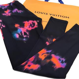 ルイヴィトン(LOUIS VUITTON)のLOUIS VUITTON ルイヴィトン サイケデリック レギンス 黒◯お値下げ(レギンス/スパッツ)