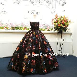 ウエディングドレス(パニエ無料) 黒チュール&花柄 二次会/披露宴/演奏会(ウェディングドレス)