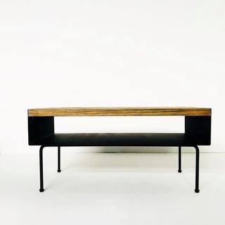 アイアンプレートと杉古材のセンターテーブル (ローテーブル)