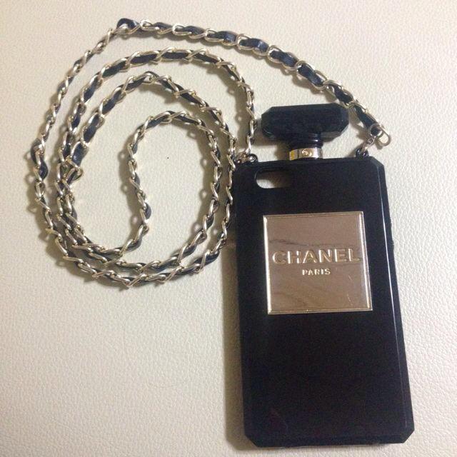 CHANEL香水型iPhoneケースの通販 by 大処分中☆お気軽にコメント下さい!|ラクマ
