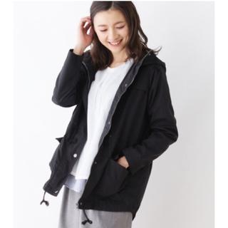 ジーユー(GU)の紺のミリタリーコート(ミリタリージャケット)