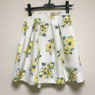 マーキュリーデュオ(MERCURYDUO)のマーキュリーデュオ 水彩フラワースカート(ひざ丈スカート)