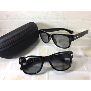 ac87efcef94 人気アイウェアウエリントンブラックUVライトスモークレンズケース付(サングラス メガネ)
