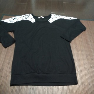 ルシェルブルー(LE CIEL BLEU)のLe Ciel ブラック花柄モチーフ長袖カットソー サイズL(カットソー(長袖/七分))