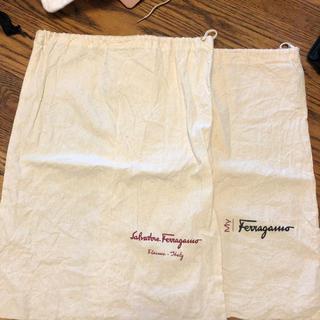 サルヴァトーレフェラガモ(Salvatore Ferragamo)のシューズ袋(シューズバッグ)