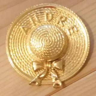 アンドレルチアーノ(ANDRE LUCIANO)のW2ブローチ アンドレルチアーノ リボン付帽子 未使用 アンティーク(ブローチ/コサージュ)