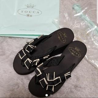 トッカ(TOCCA)の【新品】TOCCA サンダル(サンダル)