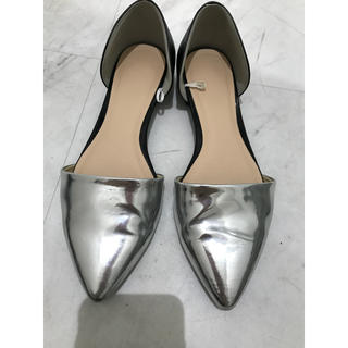 ジーユー(GU)のフラットシューズ ペタンコ靴 GU(バレエシューズ)