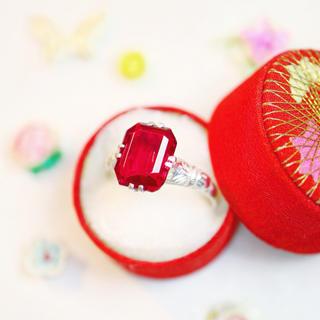 レトロモダン⋆雪のような白銀の赤い石の指輪❅*ノジェス アガット エテお好きな方(リング(指輪))