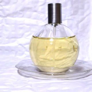ミッシェルクラン(MICHEL KLEIN)のMICHEL KLEINアンソムニーO2オードトワレ❤️  (香水(女性用))