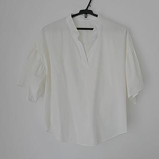 ジーユー(GU)のGU もり袖ブラウス(シャツ/ブラウス(半袖/袖なし))