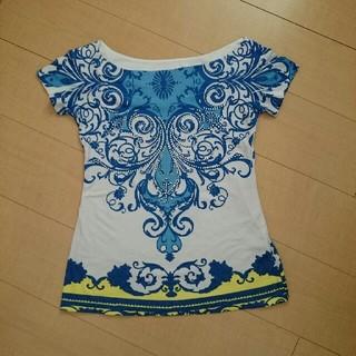 カチェテ(cachete)の新品!未使用!CAche ブルーのお洒落なデザインのTシャツ(Tシャツ(半袖/袖なし))
